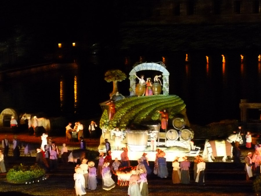 huge floats move past in Cinescenie at Puy du Fou