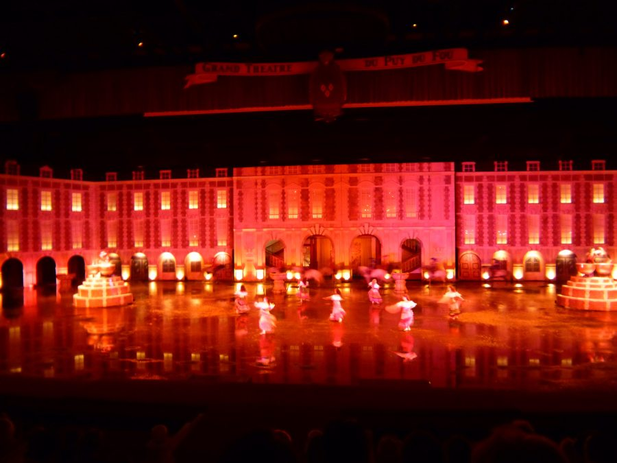 Puy du Fou has a huge indoor show called Richelieu's Musketeer with a massive stage and even bigger cast.