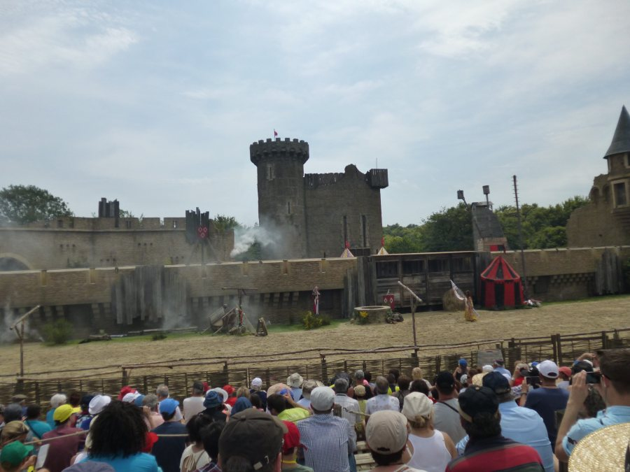 The first castle starts to disappear at the secret of the lance at Puy du Fou