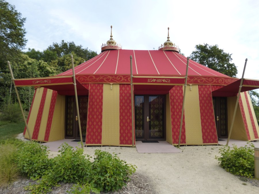 The tented village at Puy du Fou which is a beuatiful hotel room in disguise